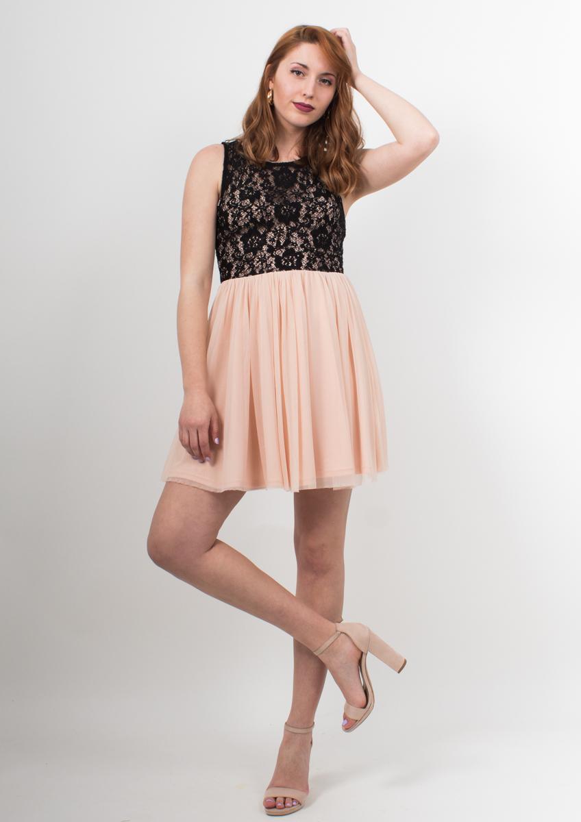 f96e887c3786 Φόρεμα μίνι με δαντέλα και τούλι